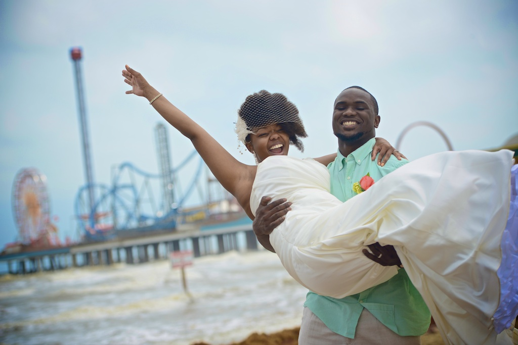 Galveston seawall beach wedding galveston tx for Texas beach wedding packages