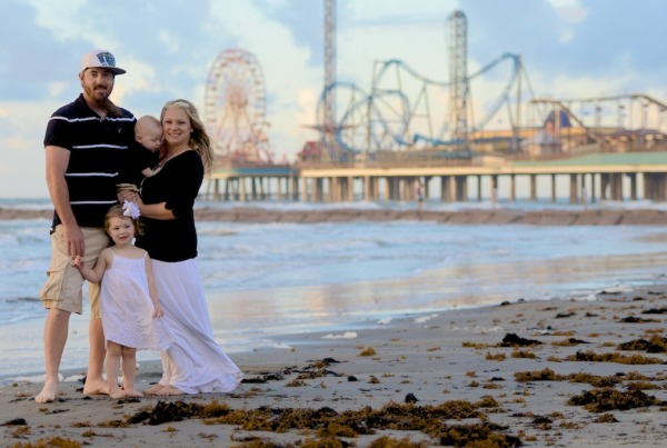 Galveston Island Pleasure Pier Family Photos - Galveston Family Photographer